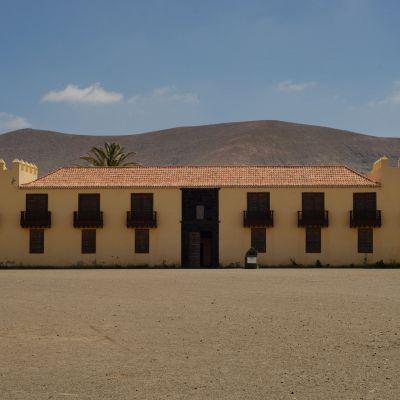 Casa de los Coroneles, La Oliva