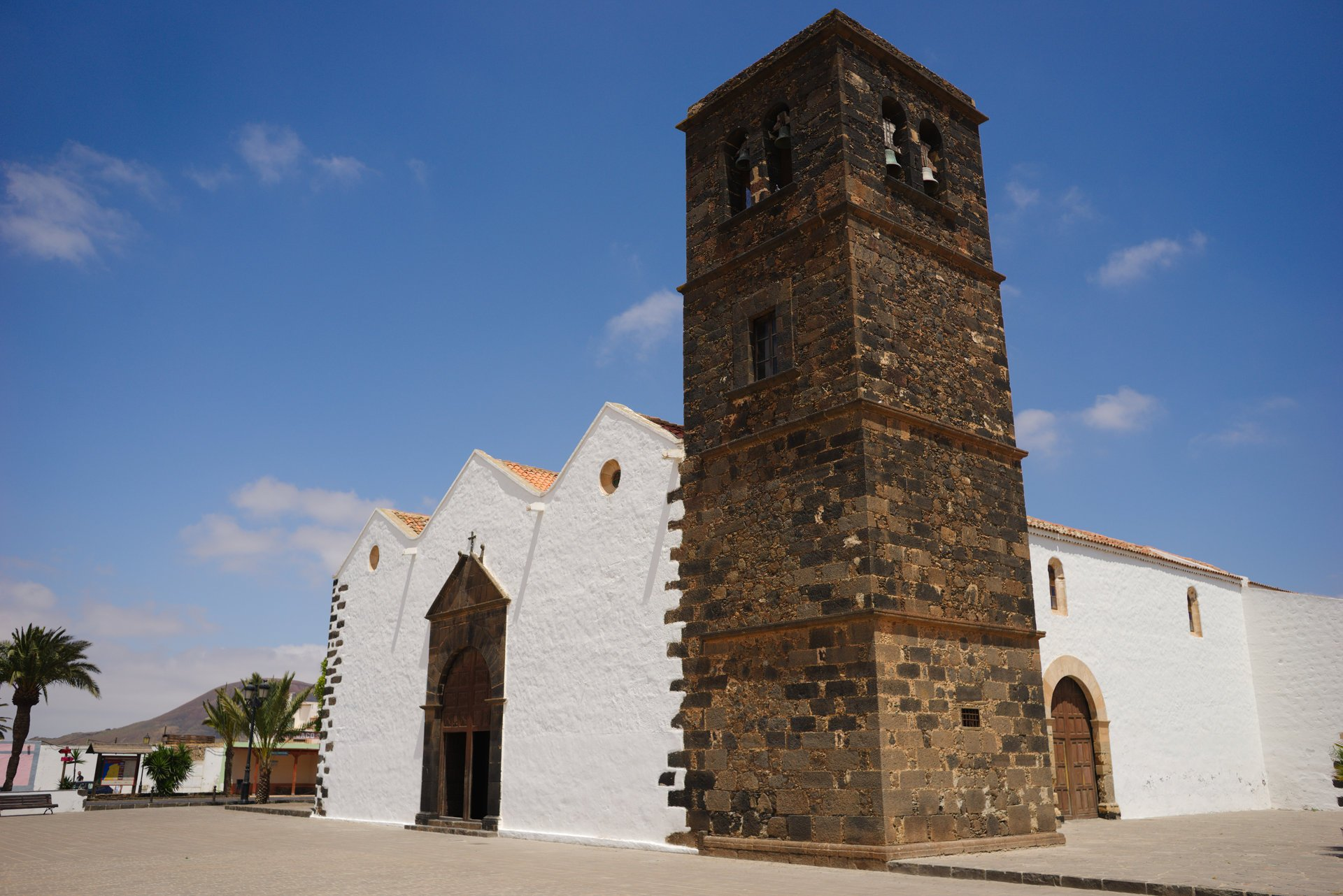 Nuestra Señora de Candelaria, La Oliva