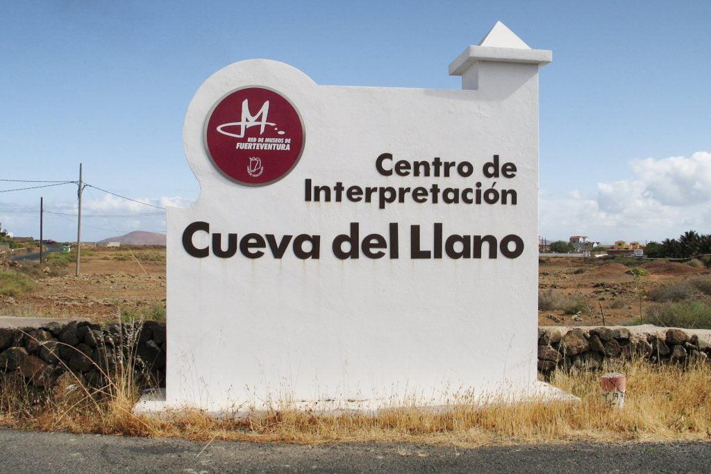 Cueva del Llano Sign