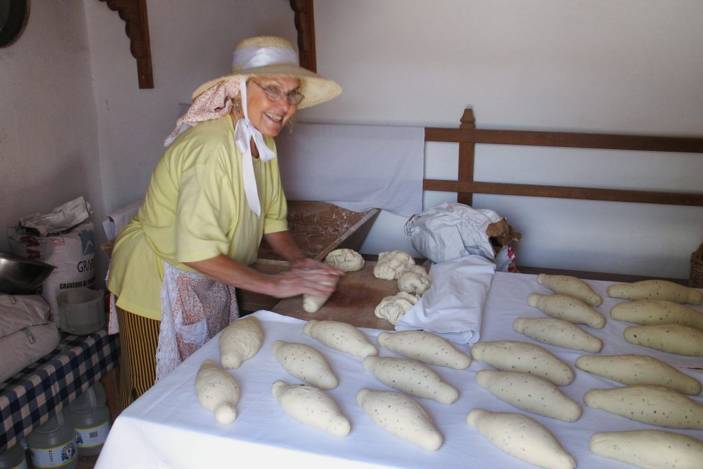 Traditional Bread-making at the Ecomuseo de La Alcogida